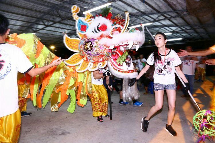 龍珠引路 - 金龍開光 Dragon Dance Parade Light And Shadow Light And Shadows Things I Like Showcase April EyeEm Gallery EyeEm Masterclass Yeung Uk Tsuen Yuen Long Hong Kong