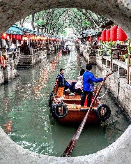 Art China Culture Gondola - Traditional Boat Outdoors People Real People Suzhou Suzhou, China Tongli Transportation Water Watertown