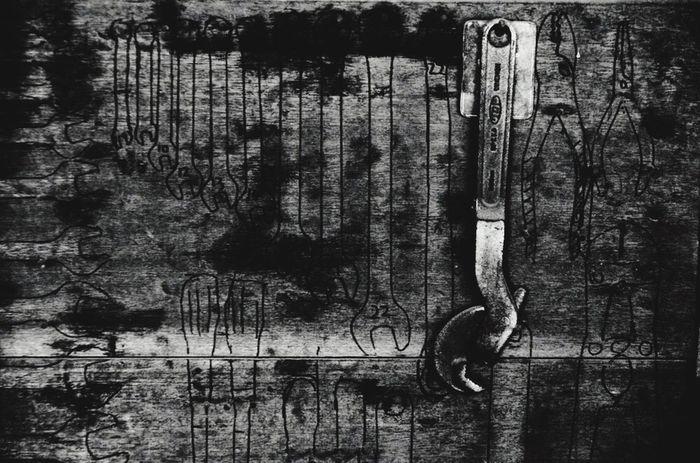 年末の忙しさに心が死にました。 白黒 モノクロ Bw_JAPAN EyeEm Best Shots - Black + White Black And White Photography Tool 工具