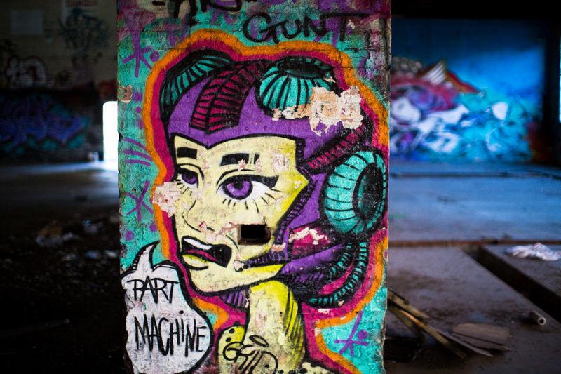 Yarraville // Melbourne AUS Multi Colored Close-up No People Outdoors Graffiti Wall Melbourne Graffporn Yarraville Graffitiart Graf Factory Bradmill Graffiti & Streetart Run-down Abandoned Destruction Focus On Foreground Damaged Graffiti Bokeh Bradmll Ruined Building Architecture Art Graff
