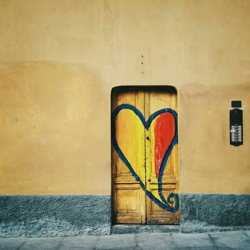 Love in Milano Doors Heart Milano Urban Landscape Cityscapes