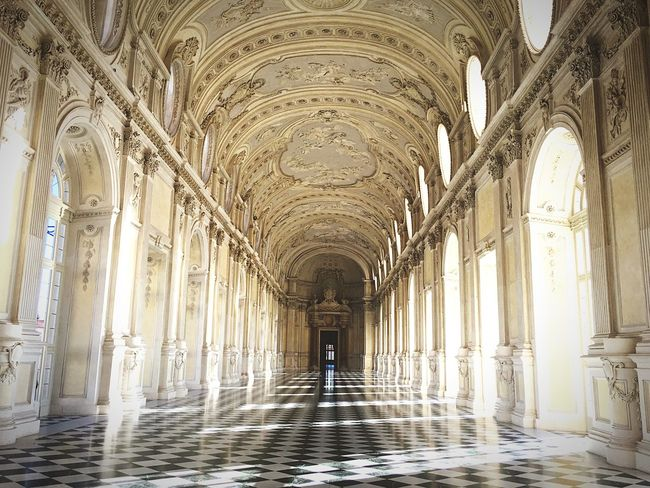 Regale Art Arte Architecture_collection Italy Venaria Reale Venaria Regale Torino Architecture Arch Indoors  Corridor History The Way Forward One Person Architectural Column
