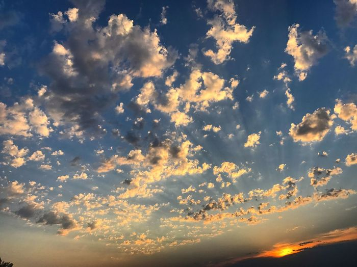Beauty In Nature Nature Sky Cloud - Sky Scenics Tranquility Tranquil Scene No People Backgrounds Sunset Low Angle View Sky Only Full Frame Outdoors Day
