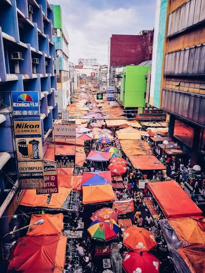 Sunday View along Carriedo Station The Week on EyeEm EyeEm Best Shots Lrtstation Carriedo ManilaStreetPhotography Metro Manila Philippines QuiapoManila Quiapo Philippines EyeEm Selects Urbanphotography Streetphotography Busyhour Outdoors City Building Exterior Day Built Structure Multi Colored Mobility In Mega Cities Colour Your Horizn