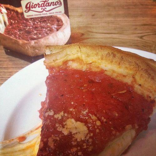 Giordanos Chicagopizza Chicago Stuffedpizza foodporn omnomnom