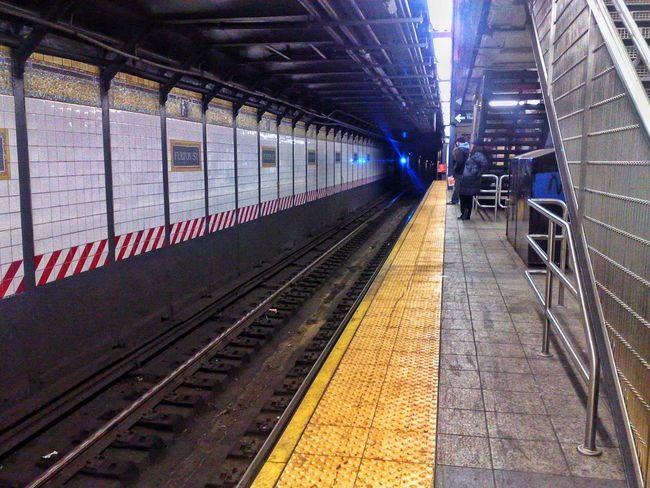 Subway New York City Traveling Holiday Getting Around Check This Out Taking Photos New York