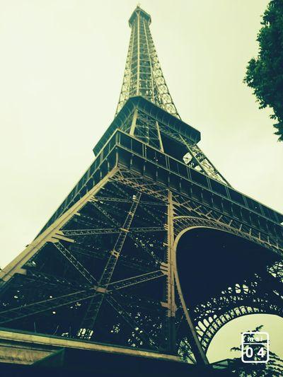 Eiffel Tower Tour Eiffel Rainy Days Jour De Pluie Vacances Paris France Capital Tourisme