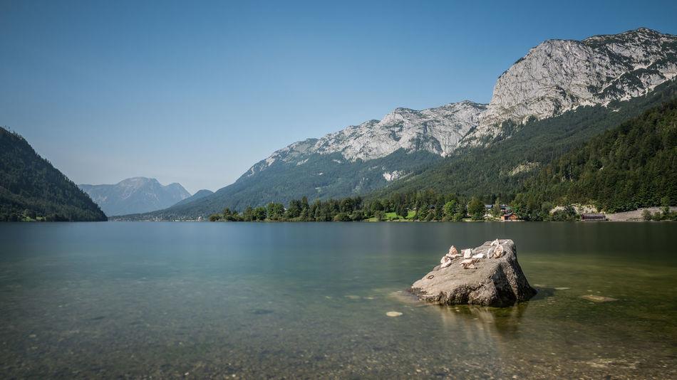 Berge Blau Gipfel Grundlsee Gößl Himmel Keine Menschen Klarer Himmel Landschaft Langzeitbelichtung Natur See Steiermark Stein Ufer Wasser Österreich