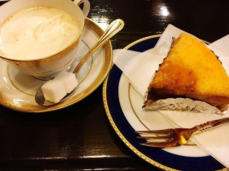 喫茶店、築地にて。ウインナーコーヒー💕 コーヒー Coffee Cake ケーキ 喫茶店
