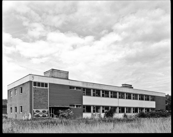 Dekalin Architecture Art Blackandwhite Industrial Industrie Planfilm Plaubel Ruins