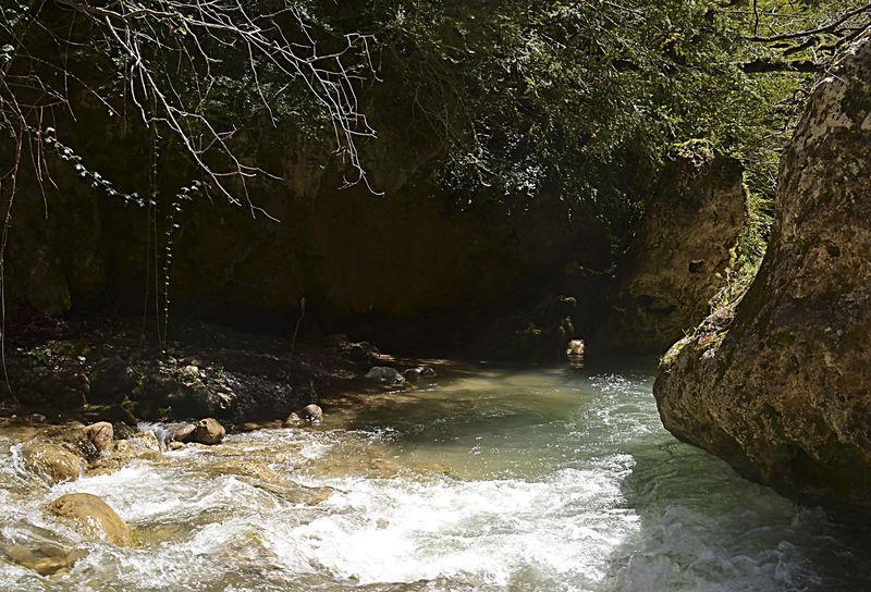 Rapids Aigua De Valls Guixers Guixes Gósol Pont Cabradis Purificacion Purification Purificação Rapidos Rio