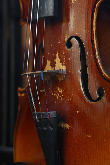 Close up old violin cropped Antique Weathered Arts Culture And Entertainment Classical Classical Music Close-up Day Music Musical Instrument Musical Instrument String Old String Instrument Vintage Violin