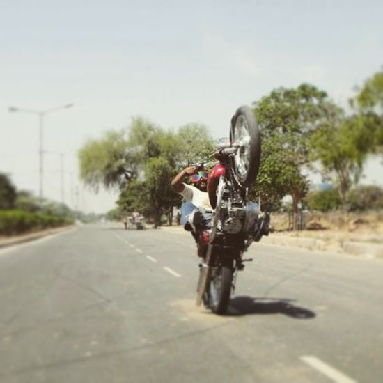 Wheelie Bullet500cc Awesome Experince oldpic