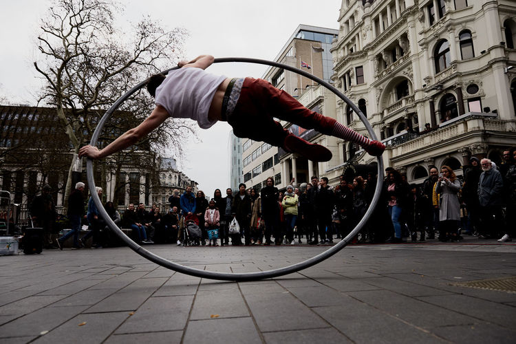 Artist Circle Fly London London lifestyle People Watching Adventures In The City Flying Intheair Magic People Photography Photooftheday Piccadillycircus Ring Street Streetart Streetphotography