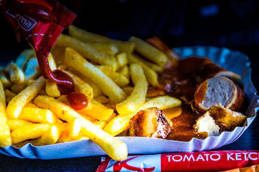 Pommes Currywurst Chips Close-up Currywurst Currywurst!!! Currywurstpommes Fast Food Fastfood Fastfoods Food Food And Drink Food And Drink Food Photography Food Porn Foodphotography Foodporn Freshness Fries High Angle View Ketchup No People Outdoors Prepared Potato Ready-to-eat Sausage Unhealthy Eating