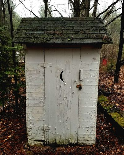 Door Day No People Outdoors Architecture Built Structure Tree Building Exterior Sky Outhouse Old Building  Rundown Pealing Paint