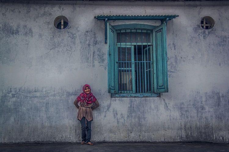 Creative Light And Shadow Nightphotography Indonesiantraveler Streetphotography Landscape Wideangle Indonesia_allshots Canonindonesia Canonphotography