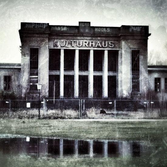 Beauty of decay at Kulturhaus Zinnowitz Beauty Of Decay