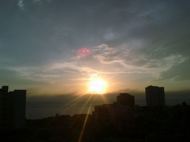Sunset Traveling Back Home ♥ Cloud - Sky Dreams Of Flying Lifestyles Building Exterior City Architecture Sky Sunlight Built Structure Skyscraper Cityscape Development Sun Urban Skyline Dramatic Sky Growth City Life No People Outdoors Modern Beauty In Nature