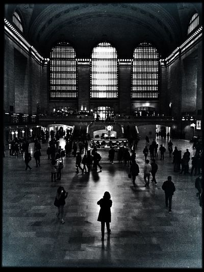 Large Group Of People Architecture Arch Railroad Station EyeEm Gallery Unrecognizable Person Battle Of The Cities The Week Of Eyeem The Week On Eyem EyeEm Best Edits Hello World Motion EyeEm Best Pics IPhoneography EyeEm Best Shots Eye4photography  Shootermag TakeoverContrast Everybodystreet Monochrome Photography