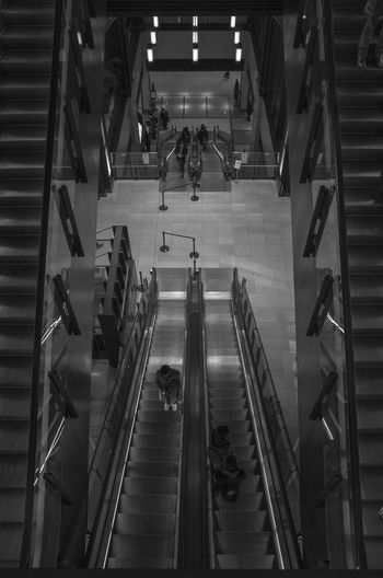 Labyrinthシリーズ Black And White Black & White Monochrome Black And White Photography Tokyo Japan Cool Japan Black And White Collection  Streetphotography_bw Street Photography Streetphotography 単焦点レンズ 単焦点魂