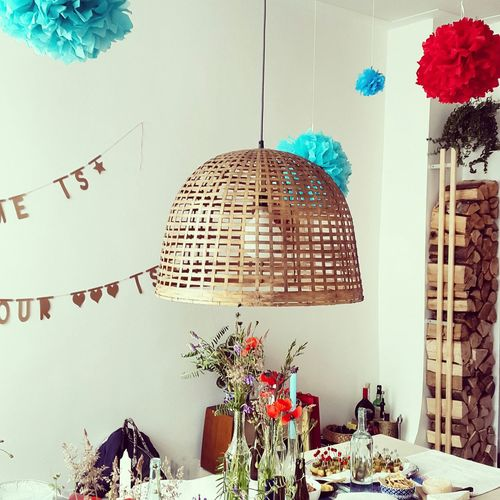 Home is where your heart is. House warming. Hanging Out Housewarmingparty HomeSweetHome🏠 Interior Design Party Time Lamp Colorsplash Fire Wood Decor Flowers