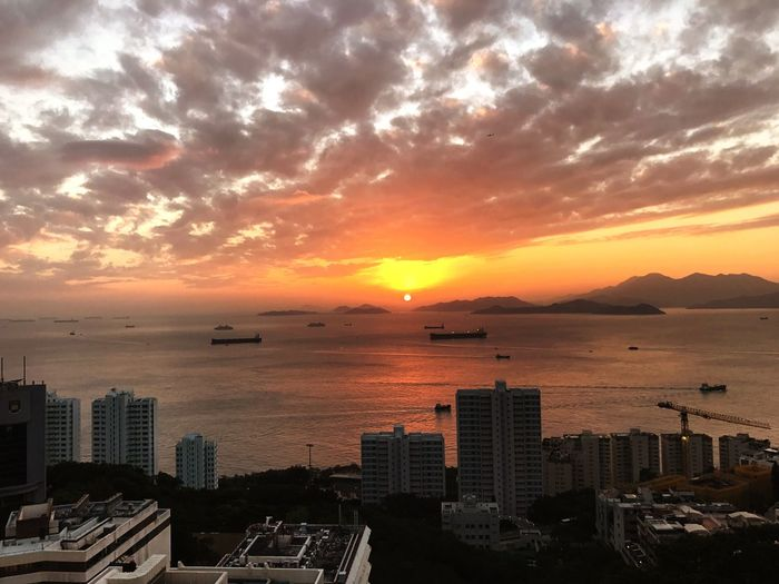 Sunset in Hong Kong. Sunset Cityscape Architecture Sea Water Cloud - Sky No People Outdoors Sky Beauty In Nature Urban Skyline Scenics