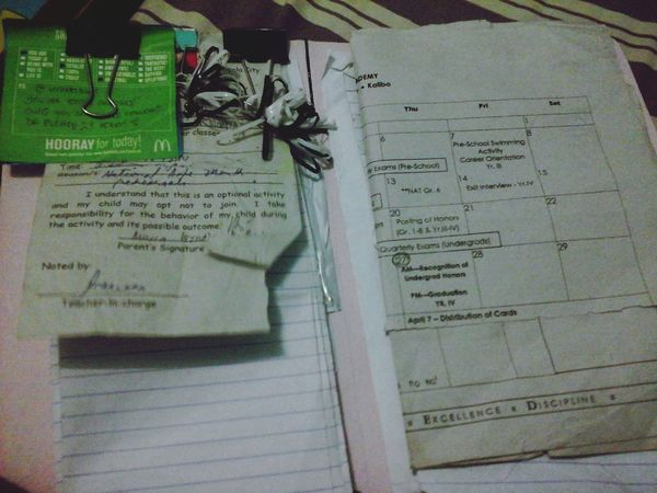 arranging my files.. :/ Making Myself Busy Messy Me Happy Kiddo :)  :-)