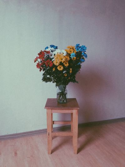 Beauty In Nature Bouquet Bunch Of Flowers Chair Close-up Flower Flower Arrangement Flower Head Flower Pot Flowering Plant Fragility Freshness Home Interior Indoors  Nature No People Plant Seat Table Vase Vulnerability  Wall - Building Feature Wood Wood - Material 50 Ways Of Seeing: Gratitude A New Perspective On Life