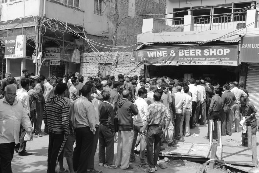 My Daily Commute India New Delhi Wine Shop Alcoholism Rajeshlakhera