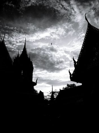My Year My View Silhouette Sunset Outdoors Architecture Thai Temple Cloud - Sky No People Beauty In Nature