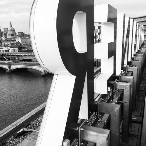 Sea Containers House Ogilvy & Mather Living The Dream Rooftop Bar Blackandwhite St Paul's Cathedral