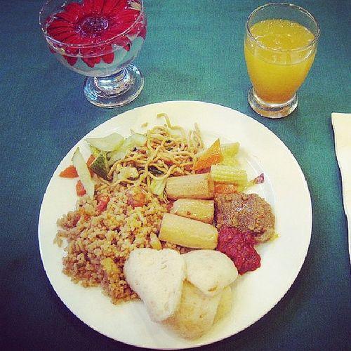 Breakfast Ricebad Orangejuiceamore yakinsakitpeyut