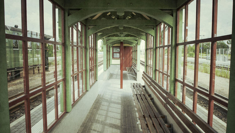 Waitingroom Architecture Built Structure Day Indoors  No People Railwaystation The Way Forward Waitingroom