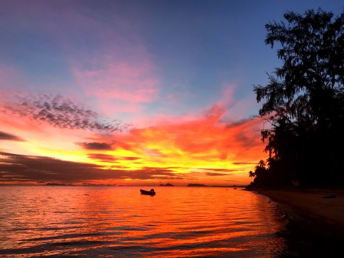 I Phone 7 Orange Color Sunset Scenics Beauty In Nature Sky Outdoors Horizon Over Water Nature Water Tranquility I Phone Beach No People Sea Boat Boat Ride Koh Phangan