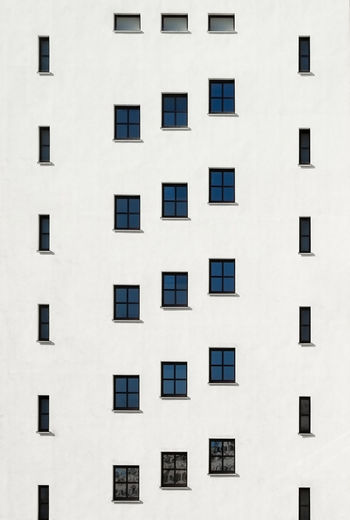 Facade Architecture Built Structure Window Building Exterior Building No People Day Outdoors Fujix_berlin Ralfpollack_fotografie Minimalism Minimalist Photography  Full Frame Backgrounds City Repetition Wall - Building Feature Pattern Residential District In A Row Side By Side Apartment Sunlight