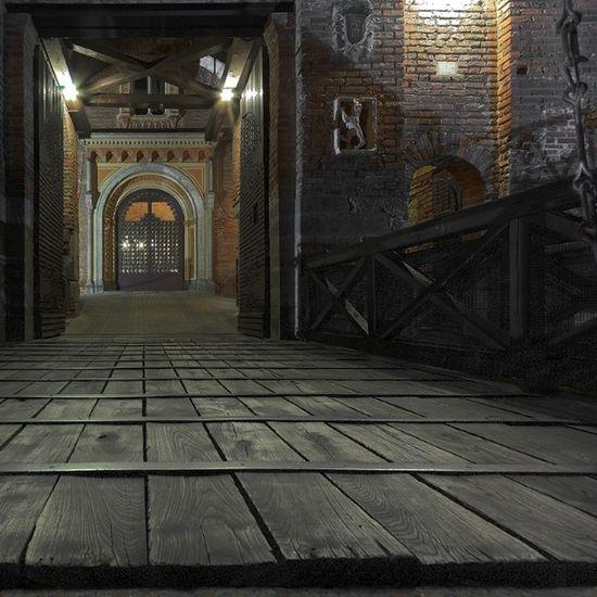 Castello Fantasma Paura Castello di Carimate ponte levatoio castle Ghost Brianza by night night caldo estate summer