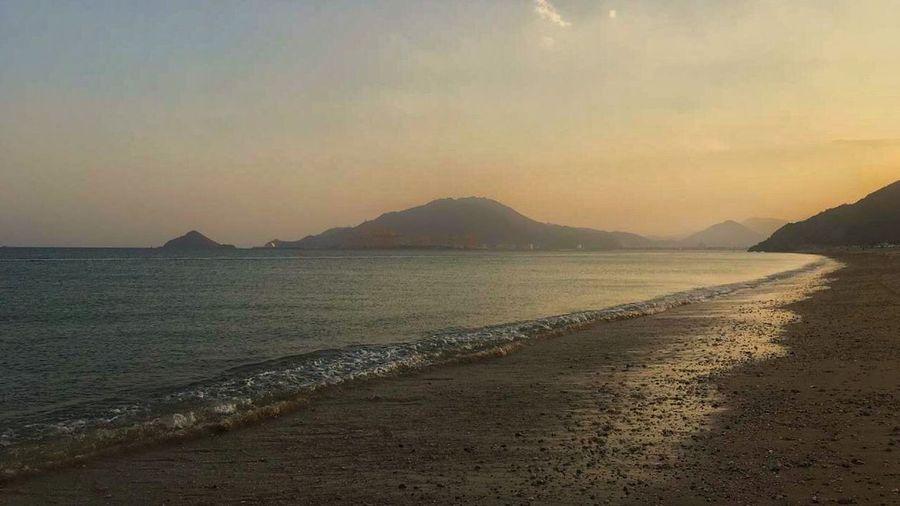 Beach Iphone6 IPhone ايفون6 Tourism Photo سياحة صورة الامارات الفجيرة Fujairah UAE Sunset Sea Almazroui Photography بحر غروب الشمس شاطئ المزروعي تصويري