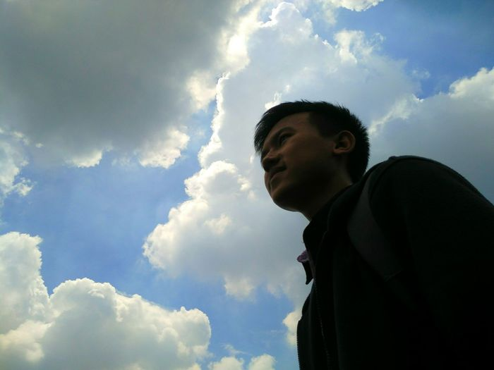 Cloud - Sky Sky Low Angle View People Day Outdoors MiPhone Mi4icamera Mi4iphotography Photography One Young Man Only One Man Only One Person