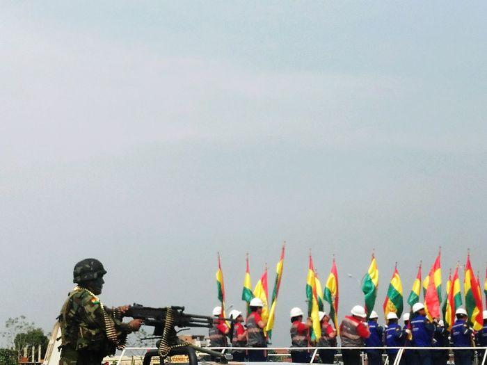 Desfile Fuerzaarmada Agosto Bolivia Paramilitar