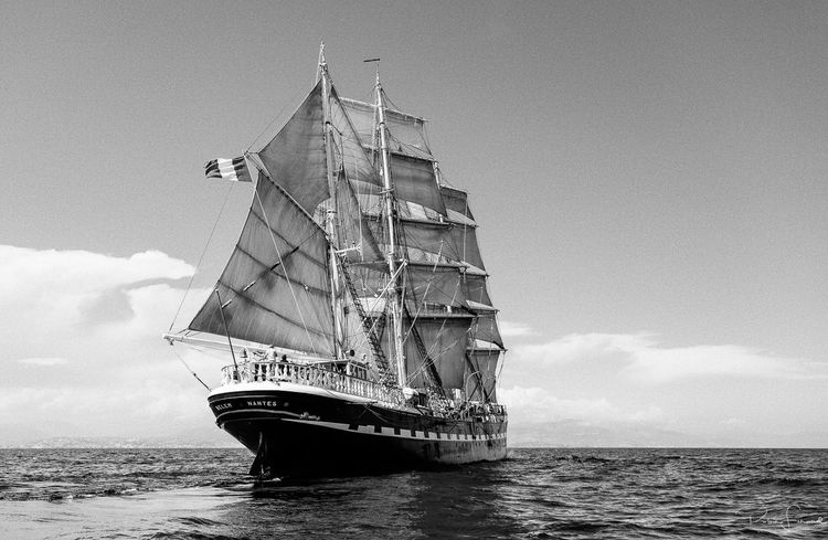 I got the chance to sail for few days aboard the French 3 mâts Belem back in the summer 2014. Such a great experience to navigate on this astonishing ship. We went from Marseilles to Nice passing through the Golden Islands. At Sea Black And White Black And White Collection  Bnw_collection Bnw_friday_eyeemchallenge Bnw_life Bnw_society Day France French Lifeatsea Mediterranean Sea Nautical Vessel Nice Day Outdoors Sailing Sailing Ship Sailor Seascape Seascape Photography Ship Sky South Tall Ship The Belem