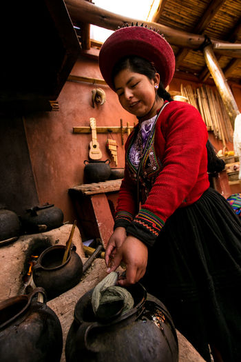 Peru Sacred Valley - Peru Sacred Valley Of The Incas Peruvian Culture Peruvian Girl Peruviangirl Sacred Valley