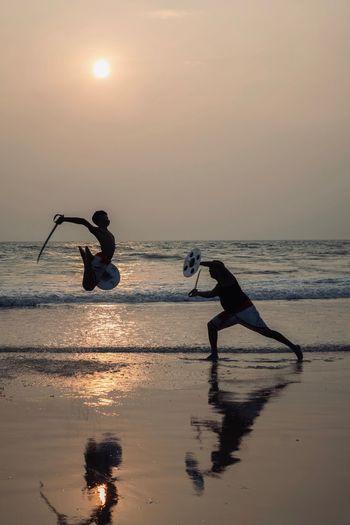Kalaripayattu - Kerala martial arts / India #kalaripayattu #kalaripayattumartialarts #kalari #india #india_everyday #india🇮🇳 #india_gram #india_gram #discoverindia #incredibleindia #kerala #keralagodsowncountry #keralaattraction #keralaattraction #keralagallery #keralatourism #kerala🌴 #dawn #fight #fights #travel #travelgram #travelphotography #travelholic #travelers India Martial Arts Travel Photography Travelling Photography Travel Destinations Travel Kalari Kalaripayattu Kerala Kerala India Kannur Incredible India Incredibleindia Water Real People Sky Sea Beach Land Silhouette Sunset Beauty In Nature Men Two People Lifestyles Horizon Over Water Reflection Outdoors Leisure Activity People
