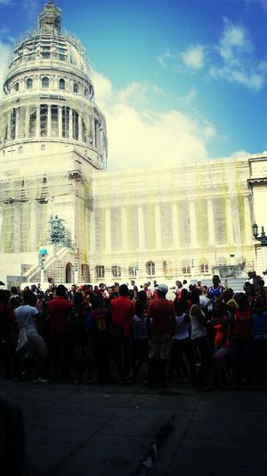 Cityscapes Enjoying Life dancing people Habana