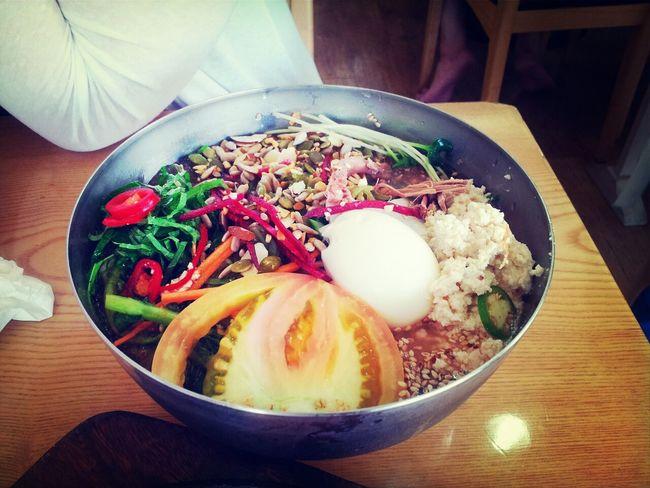 열두가지냉면! 고명이 12개나 들어가서 열두냉면! 여름에는 시원한 냉면을 먹어야 굿!!!! Korean Food