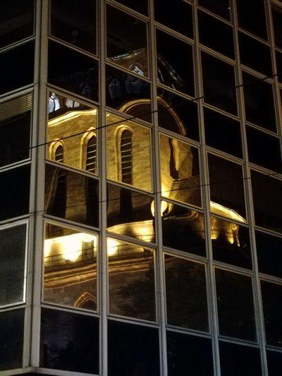 Night Architecture reflet