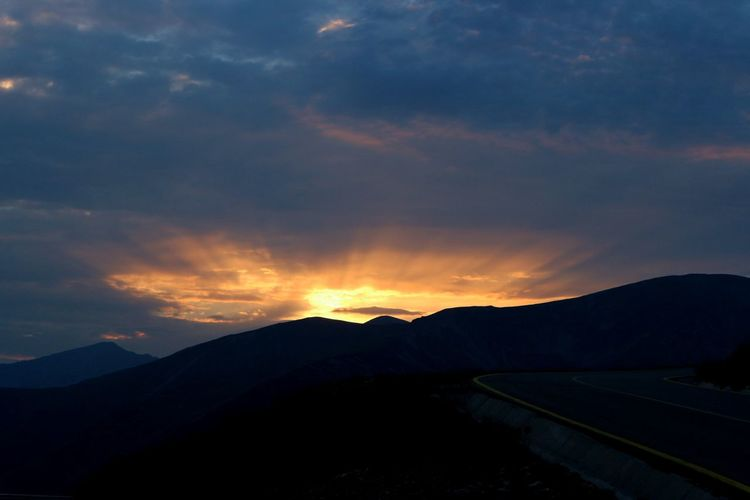 Mountain Landscape Road Cloud - Sky Sunset Outdoors No People Sky Nature Romaniafrumoasa Transalpina Nofilter