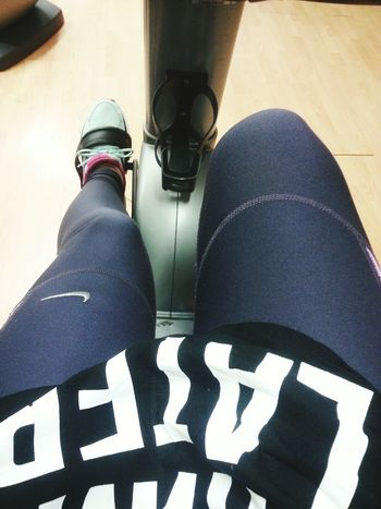 Trying to burn all the waffle's calories 😂 Gym Training Nike Stay Strong Stayhealthy Excercise 💪👌