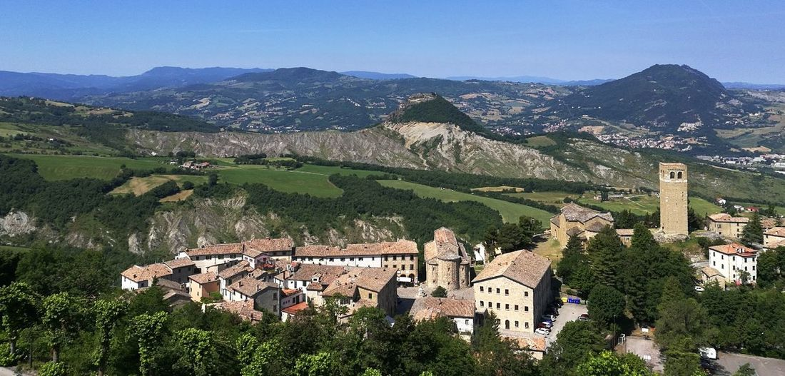 Italy🇮🇹 Castel San Leo Mountains