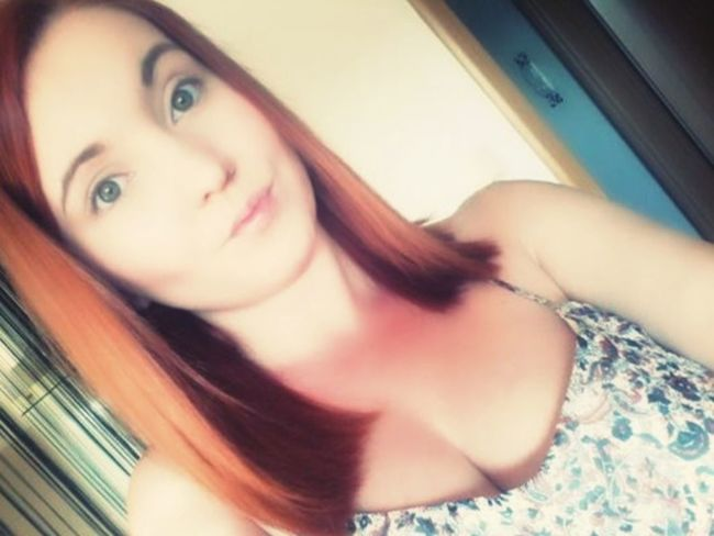 That's Me Nomakeup Today :) Selfie ✌ Good Morning✌♥ Readyforexams Wishmeluck Green Eyes Redhead Check This Out